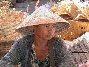 Talat Dao Heung, Pakse