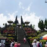2083.-Del-Gunung-Agung-donde-se-cree