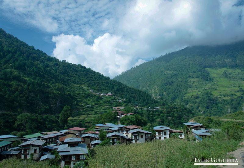 Khoma, Lhuentse
