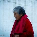 Anciana en el Chorten