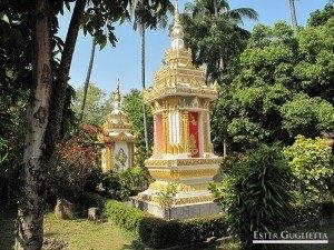 Stupas en Wat Si Saket