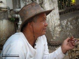Vendedor en Luang Prabang
