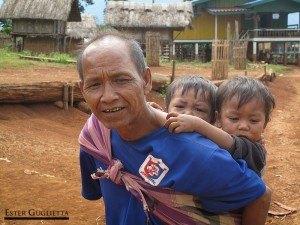 En el poblado de Kokphoungtai