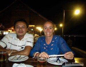 Con mi amigo Thippakone