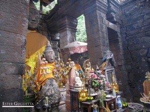 Wat Phu, altar
