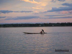 Atardecer en el río Mekong