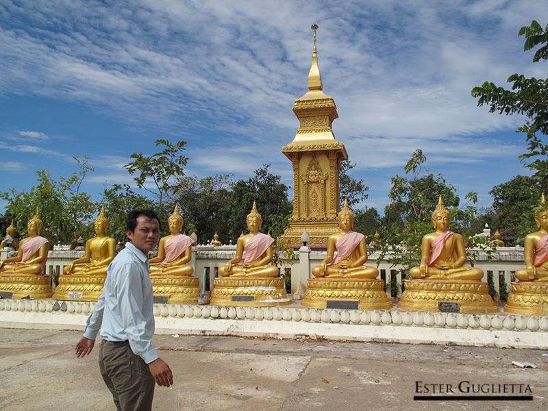 Thippakone en Wat Chomphet