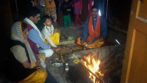 Pandit Sanjay Bhatt con su señora e hijo